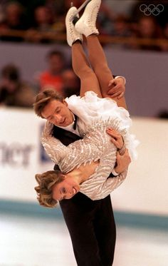 "Jayne Torvill & Christopher Dean (Great Britain) skate their Free Dance to ""Let's Face The Music & Dance"" at the 1994 Lillehammer Olympics 1984 Winter Olympics, 1984 Olympics, Olympic Ice Skating, Jayne Torvill, Figure Ice Skates, Ice Show, Ice Skaters, Ice Dance, Figure Skating Dresses"