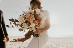 Mariage au Bassin d'Arcachon - Shooting d'inspiration • Sparkly Agency Marie, Floral Wreath, Inspiration, Dit, Articles, Adventure, Tape, Gentleness, Pretty