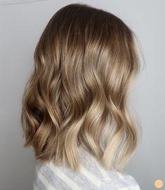 Natural blonde balayage – Peach Stockholm - All For Hair Cutes Balayage Hair Blonde, Brown Blonde Hair, Medium Blonde Hair Color, Balayage Lob, Balayage Rubio Natural, Natural Blondes, Pretty Hairstyles, Hair Looks, Hair Lengths