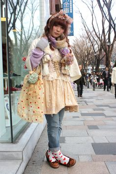 the sock/shoe combo has me WOKE Harajuku Fashion, Japan Fashion, Lolita Fashion, Quirky Fashion, Japanese Street Fashion, Korean Fashion, Party Fashion, Fashion Outfits, Tokyo Street Style