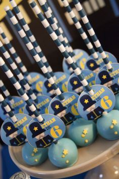 Police uniform cake pops - Cops and Robbers Party by Sparkling Sweets Boutique | http://thepartyteacher.com/2015/11/16/guest-party-cops-and-robbers-boys-birthday-party/