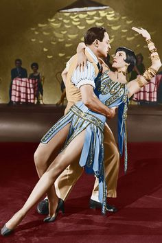 Gene Kelly & Cyd Charisse Dancing in Movie Musicals.  Top 20 Movie Musicals - Chicago, Mamma Mia & More (Glamour.com UK)