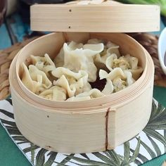 Ramen Noodle Salad, Kitchen Confidential, Dim Sum, Cooking With Kids, International Recipes, Diy Food, Asian Recipes, Food Videos, Carne