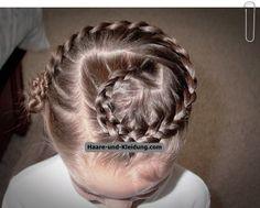 Lange Frisuren für Kinder Mädchen