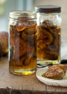 Oven dried figs preserved in honey