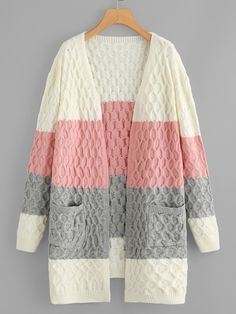 30 ideas for crochet cardigan outfit summer casual Cardigan Outfit Summer, Cardigan Outfits, Cardigan Fashion, Casual Summer Outfits, Cardigan Au Crochet, Cardigan En Maille, Cable Knit Cardigan, Sweater Cardigan, Cable Knit