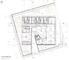 Plans R House / Panorama Arquitectos The Plan, How To Plan, Architecture Drawings, Architecture Plan, Museum Plan, Kindergarten Design, Casa Patio, Site Plans, House Drawing