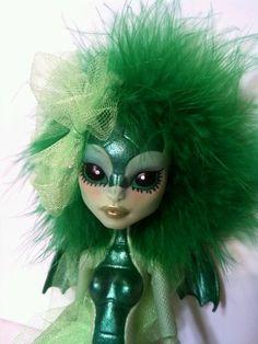 Alexia Alien Dragon OOAK Custom Monster High Doll Repaint   eBay