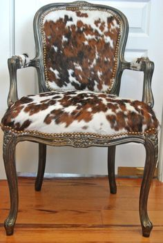 Current Cowhide Crushes for the Home & Closet Page 3 of 6 French chair gets an upgrade with cowhide upholstery. The post Current Cowhide Crushes for the Home & Closet Page 3 of 6 appeared first on Upholstery Ideas. Cowhide Decor, Cowhide Furniture, Cowhide Chair, Western Furniture, Swivel Chair, Furniture Upholstery, Home Furniture, Funky Furniture, Furniture Stores
