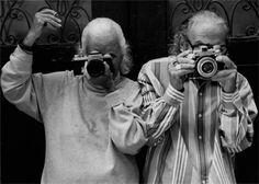 B 2003 01 Lillian Bassman and Paul Himmel infront of their house in New York, 2003 © Karin Kohlberg, 2003