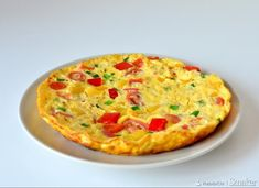 Omlet z warzywami w 10 minut minute Cheeseburger Chowder, Quiche, Keto Recipes, Paleo, Low Carb, Soup, Yummy Food, Cooking, Breakfast