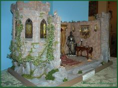 Wootens Miniatures Handcrafted Dollhouse Miniatures - Dollhouse Castle Roombox - Chapmansboro, TN