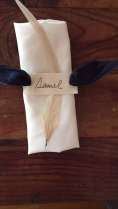 Rustic Feather Tablesetting