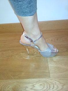 Thin High Heel Golden Color Elegant Women's Summer Shoes | 4Colordress Womens Summer Shoes, Golden Color, Elegant Woman, High Heels, Model, Fashion, Moda