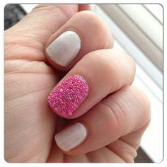 Caviar nails - pink