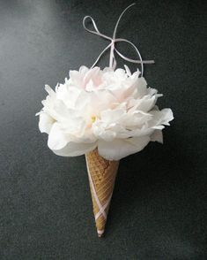 Yummy Combination For Wedding Flowers-- Ice Cream Cone Vase Diy Wedding Bouquet, White Wedding Bouquets, Wedding Flowers, Bridesmaid Bouquets, Diy Bouquet, Ice Cream Flower, Cream Flowers, Wedding Flower Inspiration, Wedding Ideas