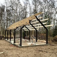 Barnhouse Cabin - Only two more beams left to go… Steel Frame House, A Frame House, Steel House, Modern Barn House, Casas Containers, Shed Homes, Barn Homes, Micro House, Tiny House Cabin