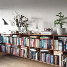 Office Design Home Bookshelf Styling Low Bookshelves, Bookshelf Styling, Book Shelves, Home Living Room, Living Room Decor, Home Office Design, House Design, Home Libraries, My New Room