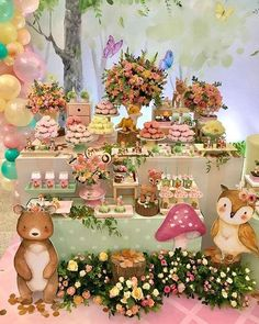 A new baby is always magical and what better theme to celebrate the new arrival than a fantasy woodland. Wild One Birthday Party, Fairy Birthday, 1st Birthday Girls, Woodland Theme, Woodland Party, Masha Et Mishka, Forest Party, Girls Party Decorations, Baby Girl Shower Themes