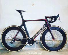 Fuji transonic Fuji Bikes, Road Bikes, Bike Ideas, Biking, Candy, Bicycles, Cycling, Bicycling, Motorcycles