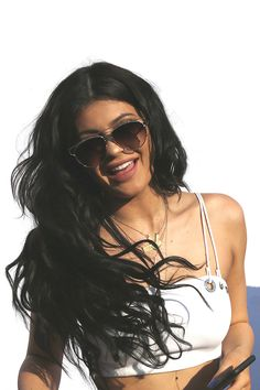 Here s Exactly What It s Like To Get Hair Extensions From Kylie Jenner s  Stylist e1499f7fceb7