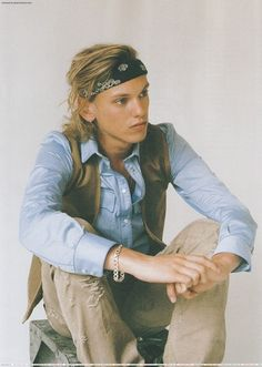 Jamie Campbell Bower he looks so country. Jamie Campbell Bower, Sweeney Todd, The Mortal Instruments, Beautiful Men, Beautiful People, Jace Wayland, City Of Bones, Shadow Hunters, Lily Collins
