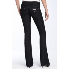 Hudson Dark Jeans Women's Hudson dark fade jeans. Worn twice only! Great shape and great fit! Perfect with boots. Hudson Jeans Jeans Boot Cut