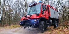 Mercedes-Benz Special Trucks - Unimog, Econic and Zetros in red-hot action.