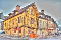 Troyes ~
