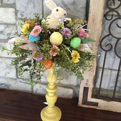 Easter Bunny Decorations, Easter Wreaths, Diy Osterschmuck, Easter Crafts For Adults, Easter Projects, Craft Projects, Easter Ideas, Diy Ostern, Easter Colors