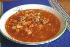 goulashsoep Slow Cooker, Curry, Ethnic Recipes, Food, Curries, Essen, Meals, Crock Pot, Yemek