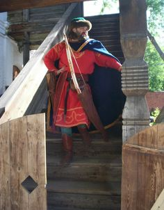 """Reconstruction of the Russian 14th century clothing.Researchgroup """"Хранители"""""""