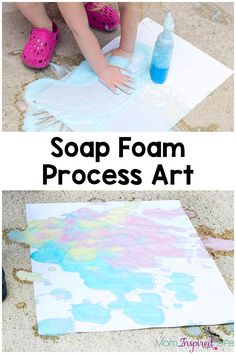 Art therapy activities for kids Soap foam process art activity for kids. It is the perfect outdoor art activity for summer! Plus, its a great way to develop fine motor skills. Quiet Toddler Activities, Art Activities For Toddlers, Outdoor Activities For Kids, Preschool Learning Activities, Art Therapy Activities, Summer Activities For Kids, Infant Activities, Preschool Projects, Kindergarten Fun