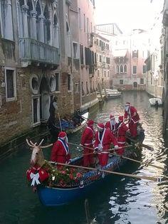 Venice Christmas, Santa impersonators in a gondola. Italy Vacation, Italy Travel, Italian Christmas Traditions, Christmas In Italy, Best Of Italy, Destinations, Living In Italy, Italy Art, Italy Holidays