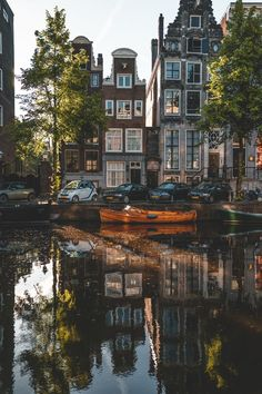 Probably you have actually found out about the Amsterdam Red-Light District as this is an extremely famous area in the Netherlands. Amsterdam City, Amsterdam Travel, Places To Travel, Places To See, Travel Destinations, Travel Aesthetic, Adventure Is Out There, Travel Around The World, Wonders Of The World