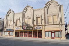 The Ohio Theatre in Lima, Ohio. - Many memories! Lima Ohio, Ohio Usa, Bury, Back In The Day, Vintage Images, Day Trips, Old Photos, Places Ive Been, Opera House