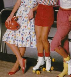 Imagem de vintage, retro, and aesthetic Aesthetic Vintage, Aesthetic Photo, Aesthetic Pictures, 1970s Aesthetic, Aesthetic Fashion, Aesthetic Grunge, Aesthetic Girl, Retro Vintage, Vintage Mode