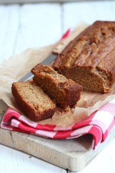 Sinds we onze Kitchenaid in huis hebben, vinden we het super leuk om wat meer te bakken. Dit recept voor kruidcake kun je natuurlijk ook zonder keukenmachine maken maar wij maken nu graag voor alles g