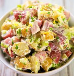 The Ritz Carlton Potato Salad Recipe - heirloom potatoes tossed in mayonnaise, celery, fresh chives and tarragon, and lemon juice - tastes amazing. Everyone always asks for the recipe! - (use purple potatoes and Greek yogurt) Great Recipes, Dinner Recipes, Favorite Recipes, Party Recipes, Recipe Ideas, Potato Dishes, Potato Recipes, Soup And Salad, Salad Bar