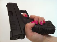 Springfield XDM 9mm Likey! Ladies! This is all you need! Oh and a permit lol protect my family