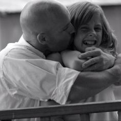 Father daughter love Father And Daughter Love, Daddy Daughter, Daddys Little Girls, Daddys Girl, Photo Time, Family Goals, Love Pictures, Pregnancy, Passion