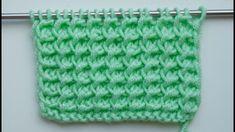 Простые узоры спицами. Простой рельефный узор.