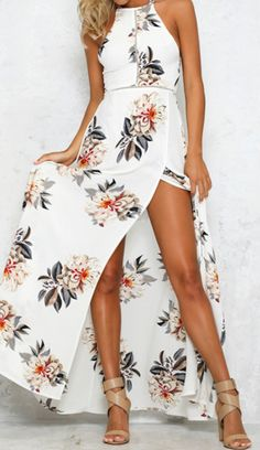 Just take this and enjoy your holiday! You're yearning to stand out from the crowd in this Backless Floral Printing Dress.AZBRO.com will give you a gorgeous look!