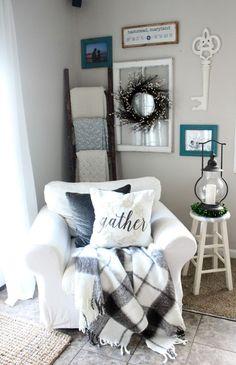 Cozy+Farmhouse+Style+Big+White+Chair #ChairIdeas