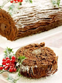 Homemade Christmas Chocolate Yule Log Shallow Stock Photo (Edit Now) 64091284 Best Christmas Desserts, Winter Desserts, Xmas Food, Christmas Chocolate, Christmas Cakes, Handmade Christmas, Christmas Yule Log, Ricotta, Cake Roll Recipes