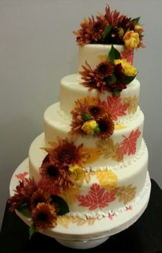 Fall wedding cake from Dessert of Course.
