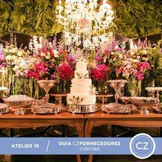 """Além de assinar projetos de estilo contemporâneo, o @atelier16 também oferece o """"pacote produção"""", que inclui desde o planejamento financeiro até o projeto e execução da decoração!💕💕💕Vem ver mais fotos no nosso Guia de Fornecedores: www.constancezahn.com💻#CZCuritiba #wedding #decoraçaodecasamento"""