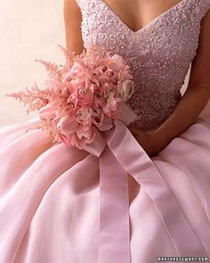 pretty pink dress and beautiful bouquet!
