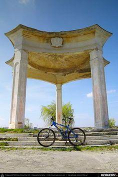 Cu bicicleta prin Bucuresti - 4: Centrul Istoric - Lacul Morii - Universitate . Cycling In Bucharest - 4 - Historical Center - Morii Lake - Universitate