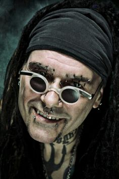 Al Jourgensen Rock Music, My Music, Skinny Puppy, Young Lad, Music Industry, Kurt Cobain, Techno, Round Sunglasses, Halloween Face Makeup
